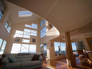 La Mer, Oceanfront Luxury, Shirley