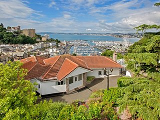 Capello Torquay Luxury Villa with indoor pool overlooking the Harbour