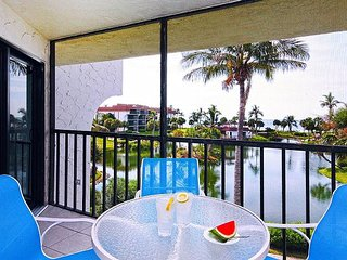 Newly furnished, 2 bedroom, 2 bathroom, gulf view condo!