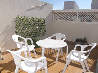 ¡Novedad! Gran Ático con terraza en la JOTA A 10 MIN  DEL PILAR Y RUINAS ROMANAS, Zaragoza