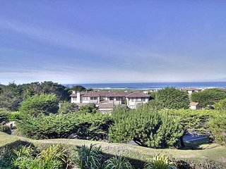 3737 Spanish Bay Sanctuary - Exclusive Luxury Residence, Expansive Ocean View, Plage de galets