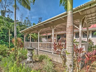 'Hale Mala' Keaau Home on Private Acre of Land!