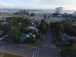 Dog-Friendly Gulfport Home - 3 Blocks to Beach!