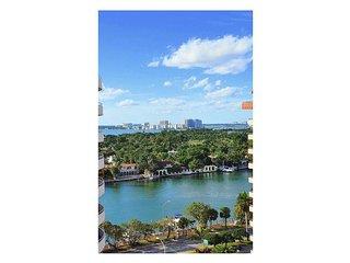 Beautiful 2/2 Apartment with Breathtaking Views!, Miami Beach
