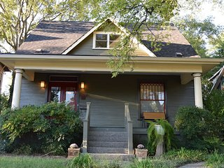 Vandy Neighborhood ★ Eclectic 3,400 sq.ft. Home