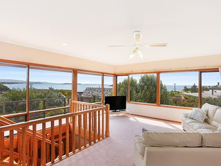 10 Viking Street - Spectacular Views of Encounter Bay
