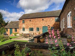 PK585 Cottage in Fenny Bentley