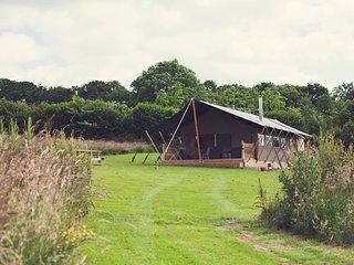 43455 Log Cabin in Abergavenny, Llanvetherine