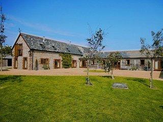 FOLWO Barn in Sherborne, Stalbridge