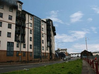 E1981 Apartment in Leith Shore, Edinburgh