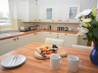 32135 Bungalow in Lizard, Cadgwith