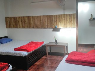 Kalyancool Homestay (entire villa-upto32 guests)for single room check other list