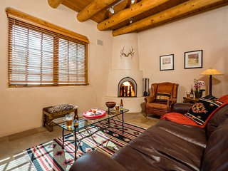 Pinon Dream -Gorgeous  Home-Available Thanksgiving, Santa Fe