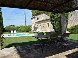 BEAUTIFUL STONE MANSION WITH POOL NEAR MONTPELLIER, Baillargues