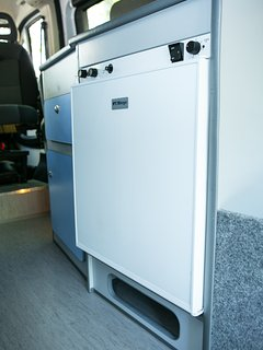 Kitchen - 3 Way Fridge (12V / 220V / Gas)