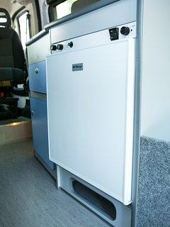 Kitchen - 3 Way Fridge (12V / 220V / Gas)