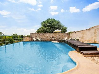 Wonderful Villa els Pous a Big Pool and Terrace, Buger