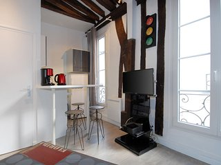 Notredame apartment in 05ème - Quartier Latin with WiFi., Parigi