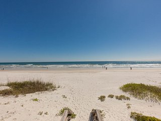 January Available  Book Now at this  5 STAR RATED  BOOK NOW, New Smyrna Beach