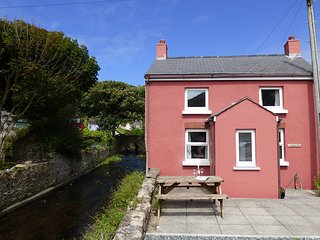 Dingle Cottage, Haverfordwest