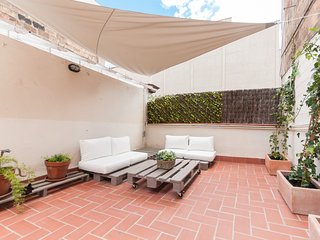 Cosy one bedroom with large sunny terrace in sants