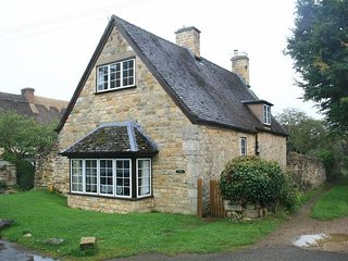 Campden Cottage, in the heart of Chipping Campden.