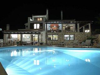 Villa Diva con piscina