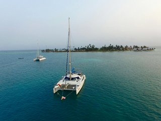 Catamaran SC en san Blas panama, Carti Tupile