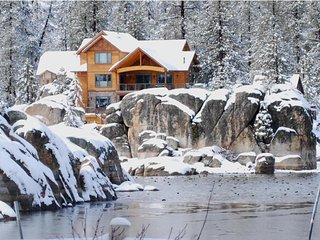 Luxury Boulder Bay Lakefront, Big Bear Lake