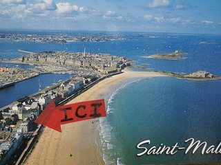 VUE SUR MER a 25 métres de la plage , prés d'Intra-muros  et de la thalasso