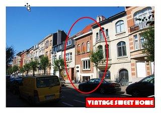 VINTAGE SWEET HOME JETTE KOEKELBERG BASILICA, Jette