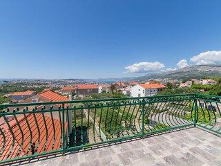 Stone Villa Rea in Mravince, City of Solin, Split-Dalmatian County