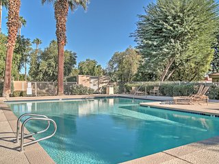 Remodeled La Quinta Condo w/ Pool Access & Patio!