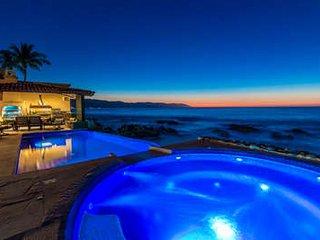 Beautiful 6 Bedroom Villa in Puerto Vallarta