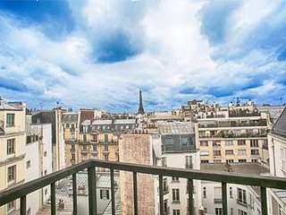 2 Bedroom Apartment Located in the Supremely Chic Arrondissement, Parijs