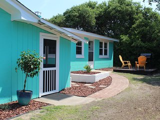 Whalebone Cottage B, Emerald Isle