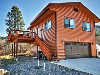 Pagosa Springs Apartment - Hot Tub & Spacious Deck