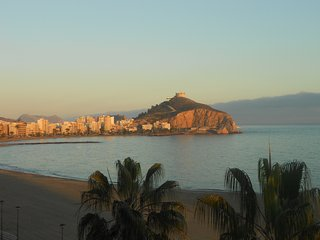 Breathtaking location, right on the beach!, Águilas