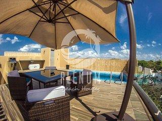 Luxury Penthouse/ Lujoso Penthouse PLAYACAR 7 pax
