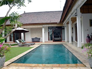 Villa Heliconia - New 3br Villa w/ Private Pool, Ubud