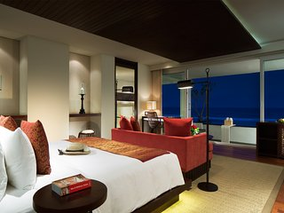 Ocean Front Honeymoon Pool Suite - 1, Nusa Dua