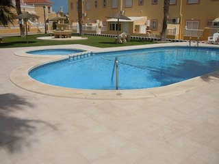 2 Bed G/F Apt / A/C / 2 Pools - Cabo Roig #47