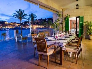Villa de lujo en la playa. La Caleta.