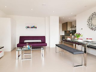 South Randall Court apartment in Lambeth with WiFi, balkon & lift., Londres