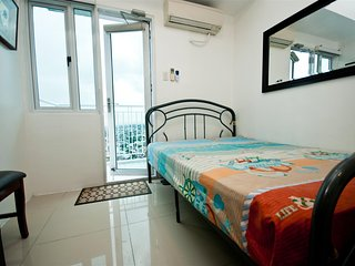 Furnished Condo 1 Bedroom with Balcony & Wifi