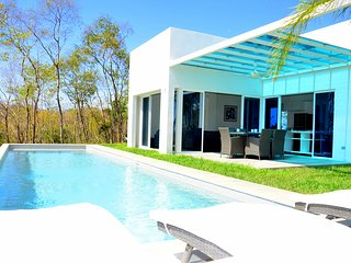 Modern villa with ocean view, Playa Samara