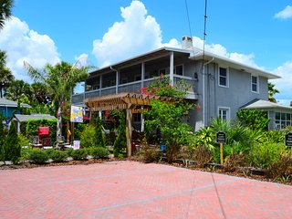 The House on Crawford, New Smyrna Beach