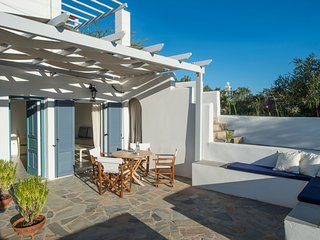 Hermes house in 'Cleopatra Homes' 1min from Logaras sandy beach