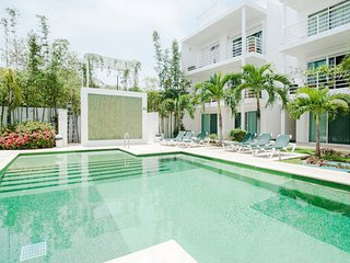 Charming First Floor Apartment 5mn to the beach, Playa del Carmen