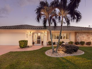 Cape Coral - Goldcoast Spectacular View Canal Home